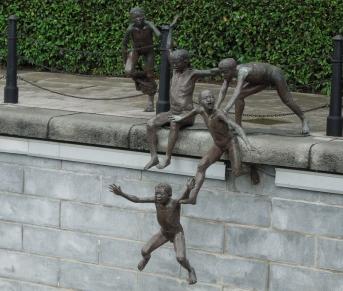 singapore sculpture