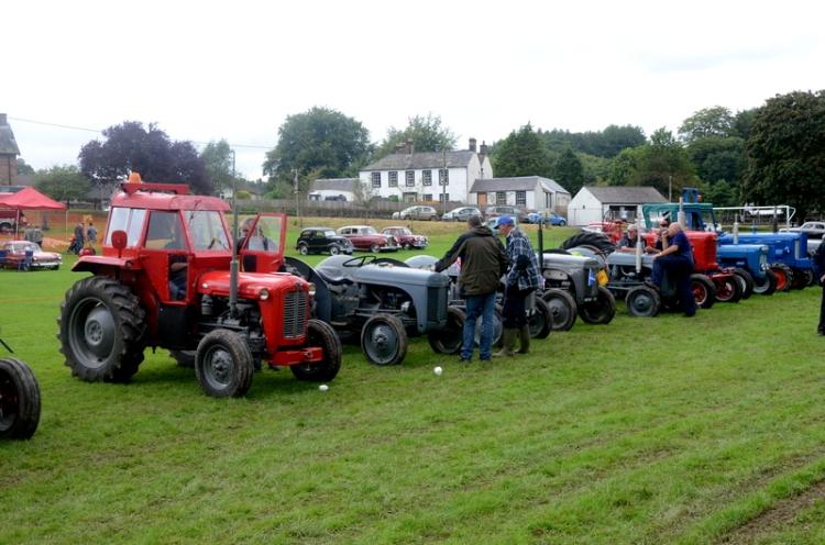 tractors at Canonbie