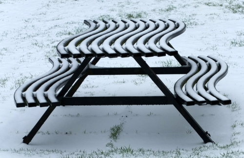 picnic table on Kilngreen