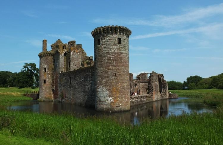 Caerlaverocck castle
