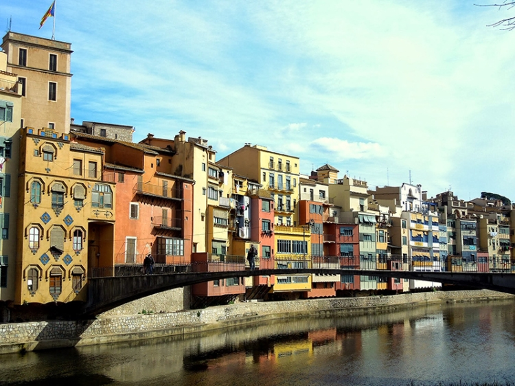 Girona, lies 35 mins north of Barcelona, by high speed train