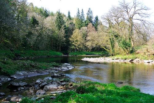Esk near IrvineHouse