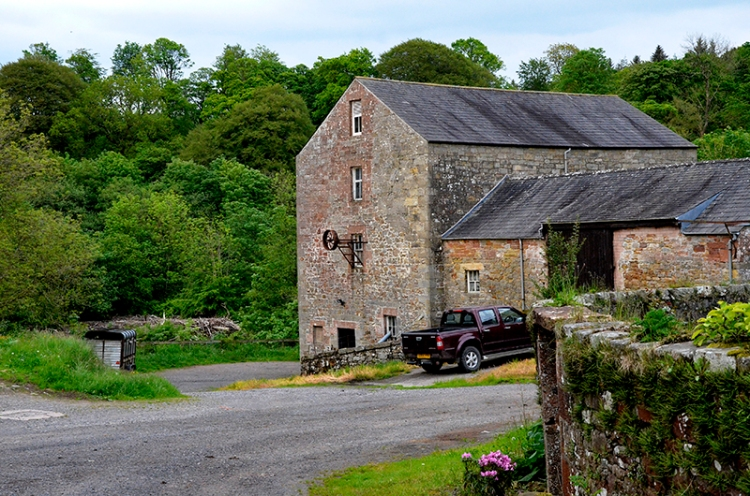 Hollows Mill
