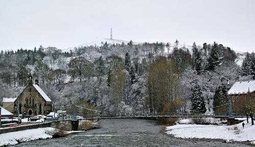 Suspension bridge and Warbla