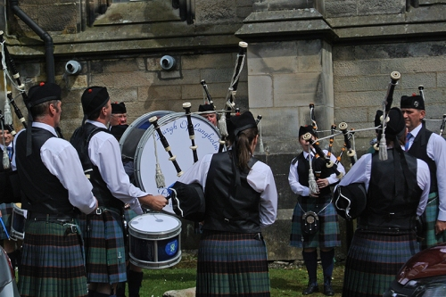 Langholm pipe band