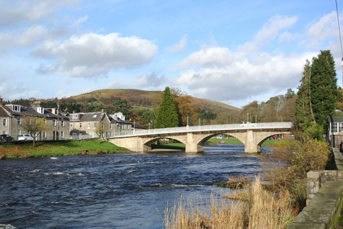 Langholm Bridge in November