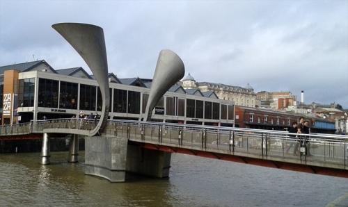 Bristol bridge over the harbour cut