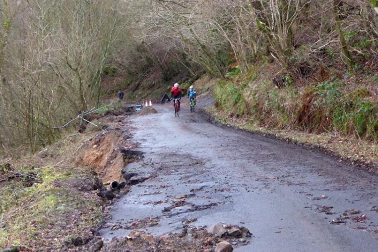 Tarras road damage