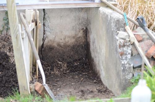 compost bin D