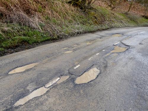 Paddockhole potholes