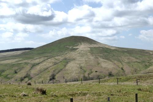 Tinnis Hill