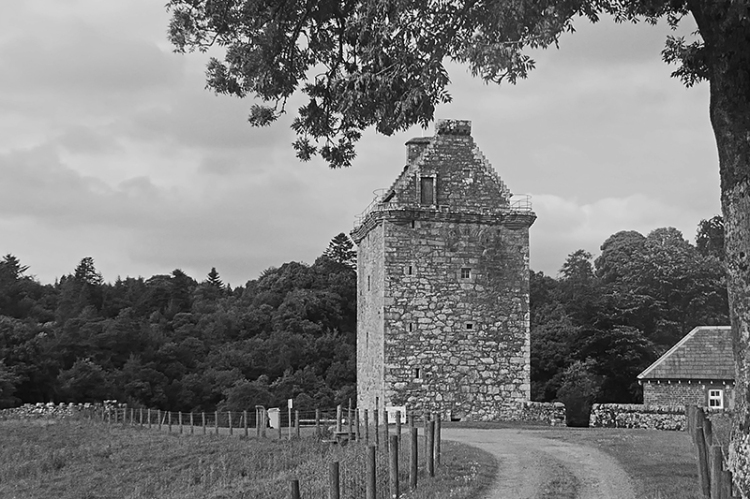 Gilnockie tower