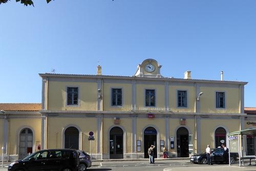 Aix station