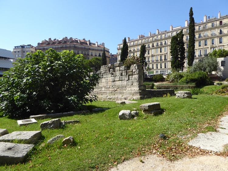 Garden of vestiges