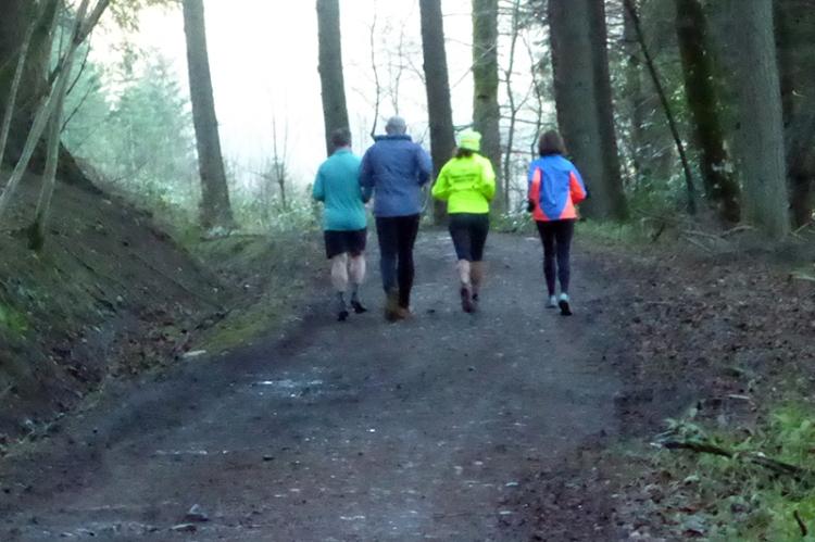 Runners on Longfauld