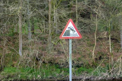 car sign