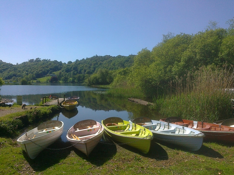 Faeryland cafe with its colourful boats at the edge of Grasmere