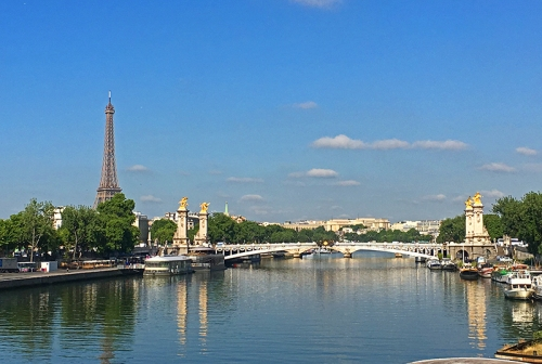 Annie in Paris