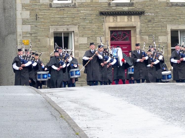 Langholm Pipe Band castle craigs