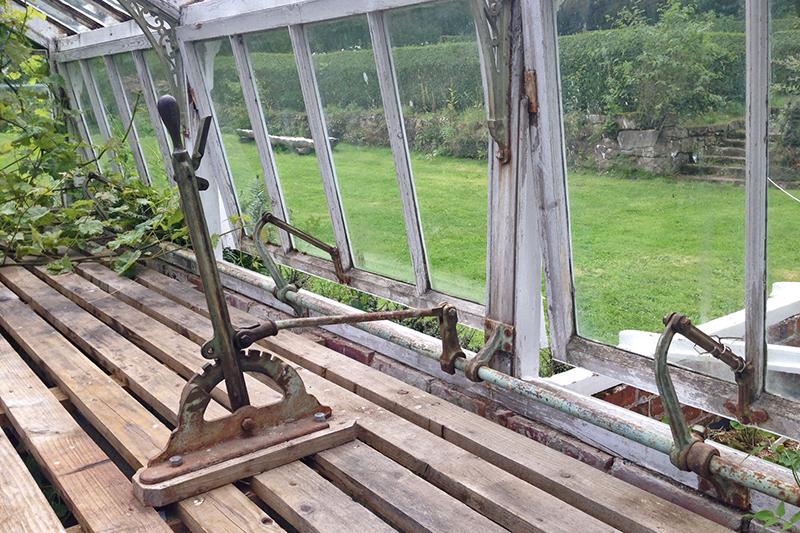 glasshouse window opener