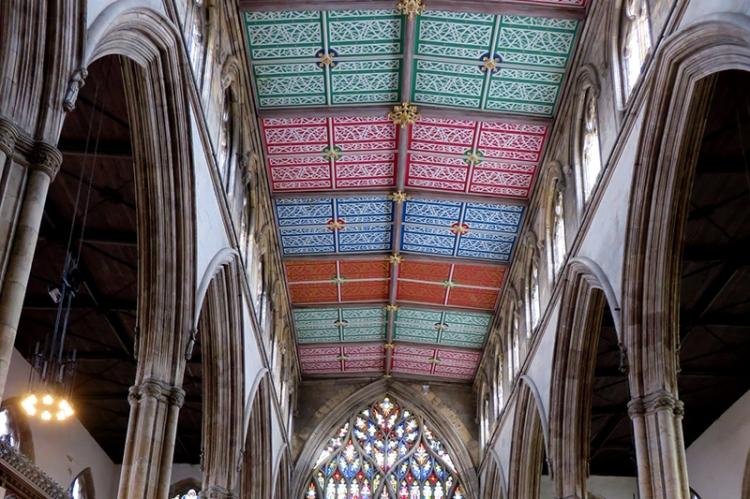 Hull ceiling