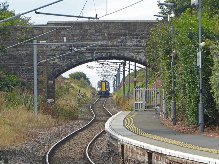 North Berwick station train