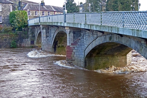 Langholm Bridge in flood