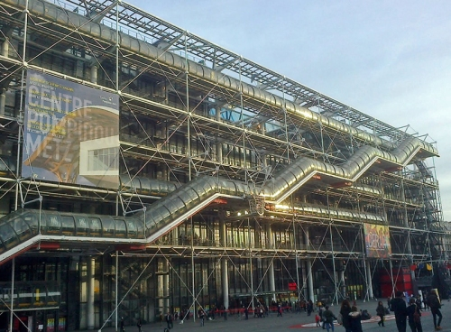 The excalators snaking up outside the Pompidou building