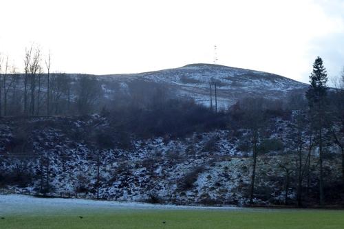 Warbla with light snow