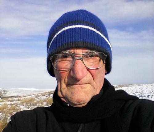selfie on Warbla