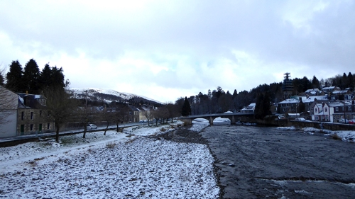 River Esk snow