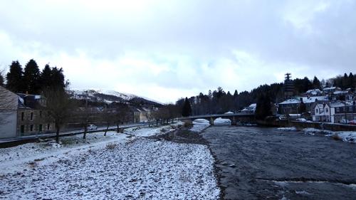River Esk snow