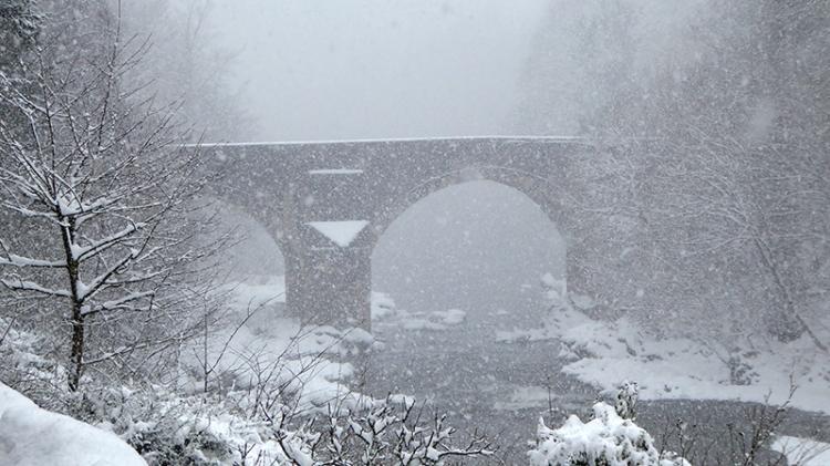 skippers bridge in snow