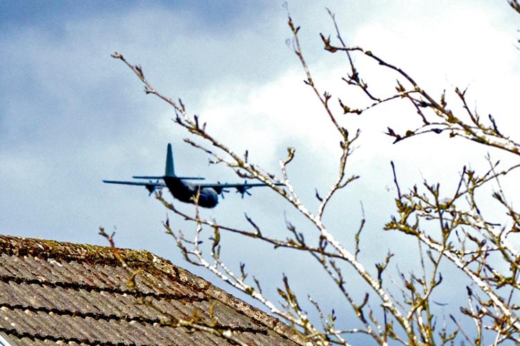 low flying plane