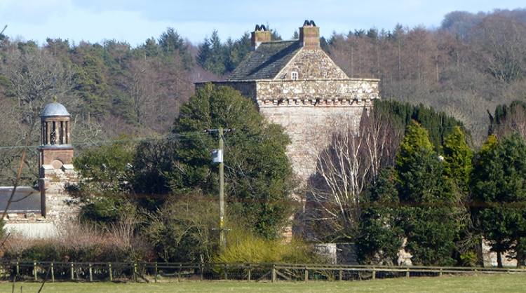Kirkandrews tower and church