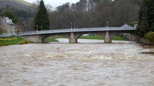 Langholm Bridge in april