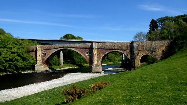 Leaderfoot old bridge