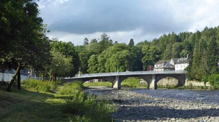 River Esk between bridges