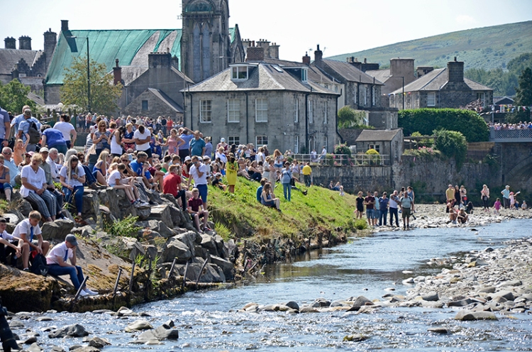 Common Riding 2018 crossing the water4