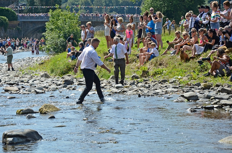 Common Riding 2018 crossing the water5
