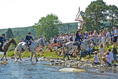 Common Riding 2018 crossing the water6