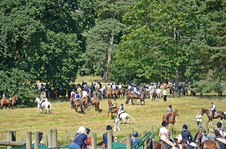 Common Riding 2018 crossing the water7