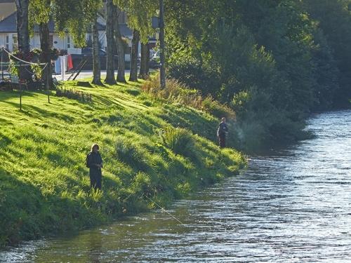fishermen on Esk