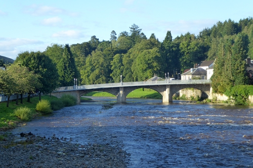 Langholm Bridge in August
