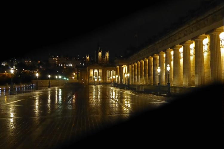 national gallery edinburgh at night