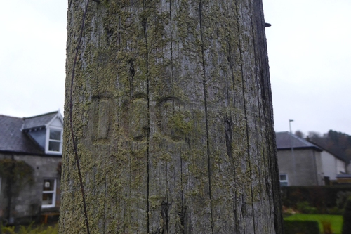garden pole carving