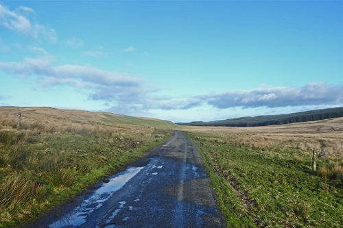 road from bailliehill