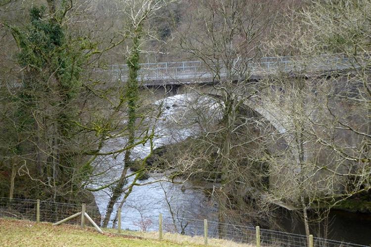 hollows bridge arch