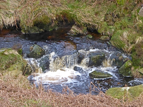 small copshaw road waterfall