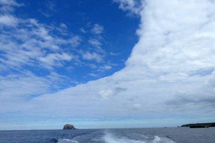 bss rock with cloud front